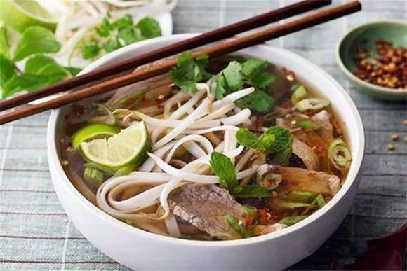 2019越南美味平民美食越南河粉Pho